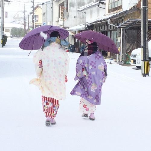 出雲大社へ 雪の中